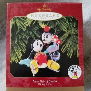 Mickey & Minnie New Pair of Skates Ornament